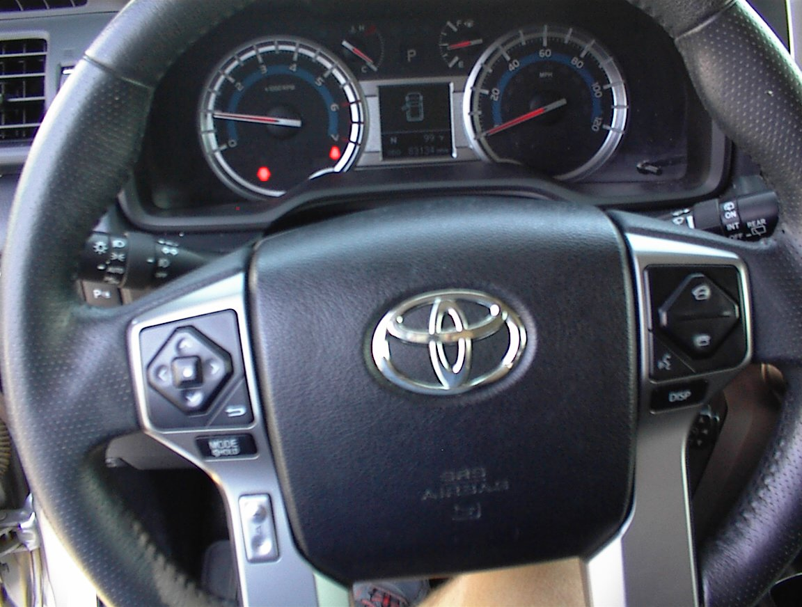 2015 TOYOTA FOUR RUNNER LIMITED (2076A)