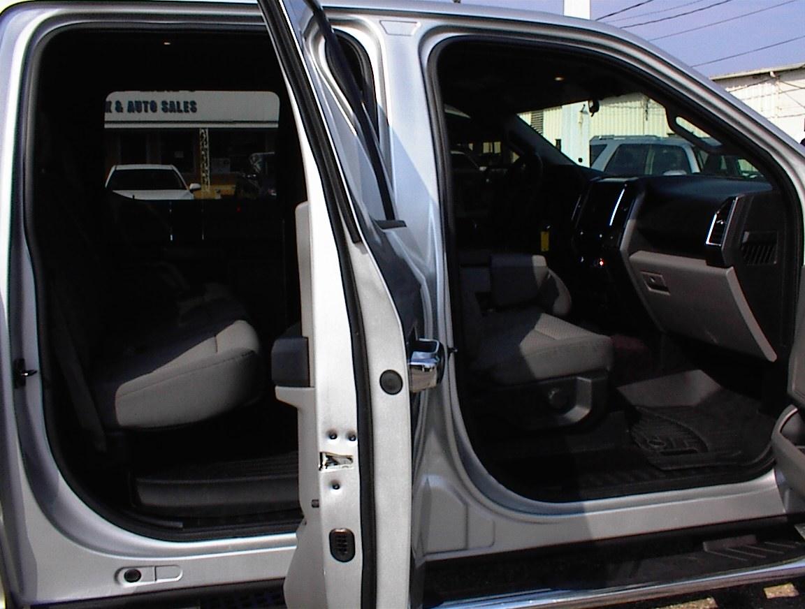 2016 FORD F150 CREW CAB XLT 4X4 (2092B)